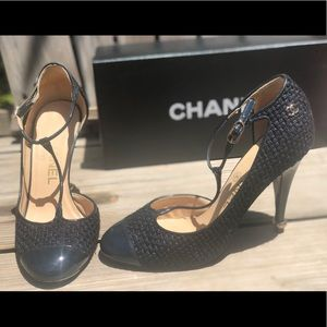 Chanel✨CC tweed mary jane t strap cap toe heels